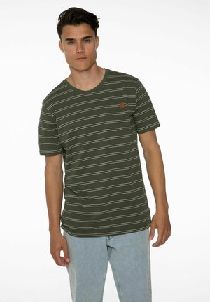 T-shirt print - spruce