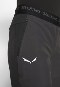 Salewa - AGNER LIGHT ENGINEER - Trousers - black out - 4