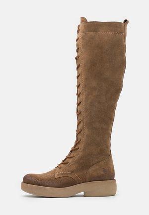 EXTRA - Šněrovací vysoké boty - marvin stone
