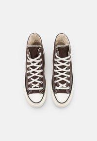 Converse - CHUCK 70 UNISEX - Höga sneakers - dark root/black/egret - 3