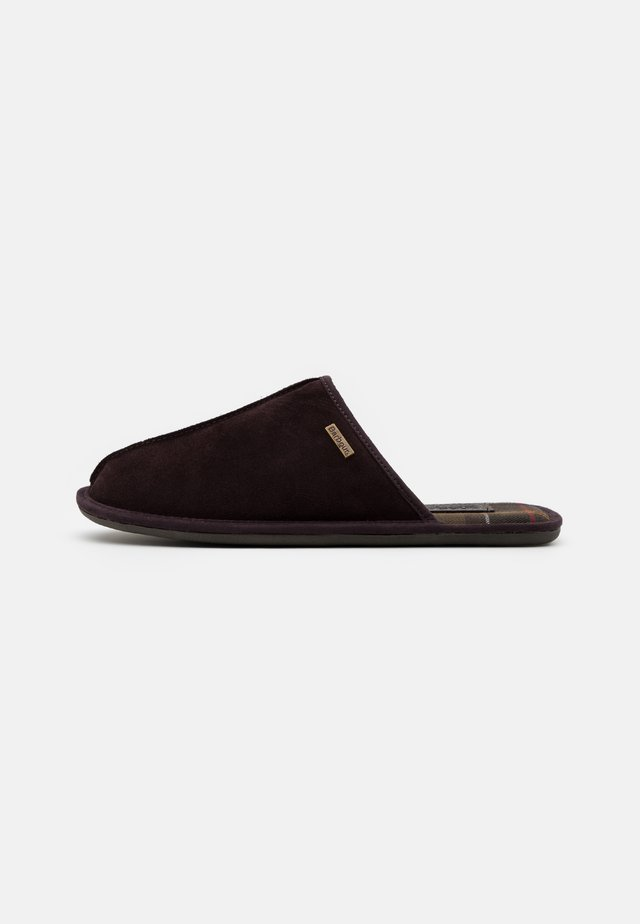 MALONE - Slippers - brown