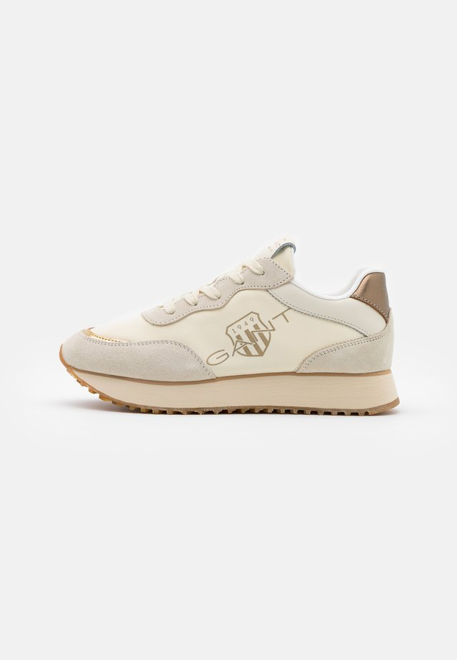 BEVINDA RUNNING - Zapatillas - cream/gold