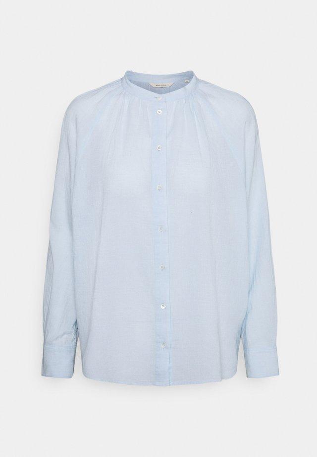 BLOUSE LONG SLEEVE - Button-down blouse - lighte blue