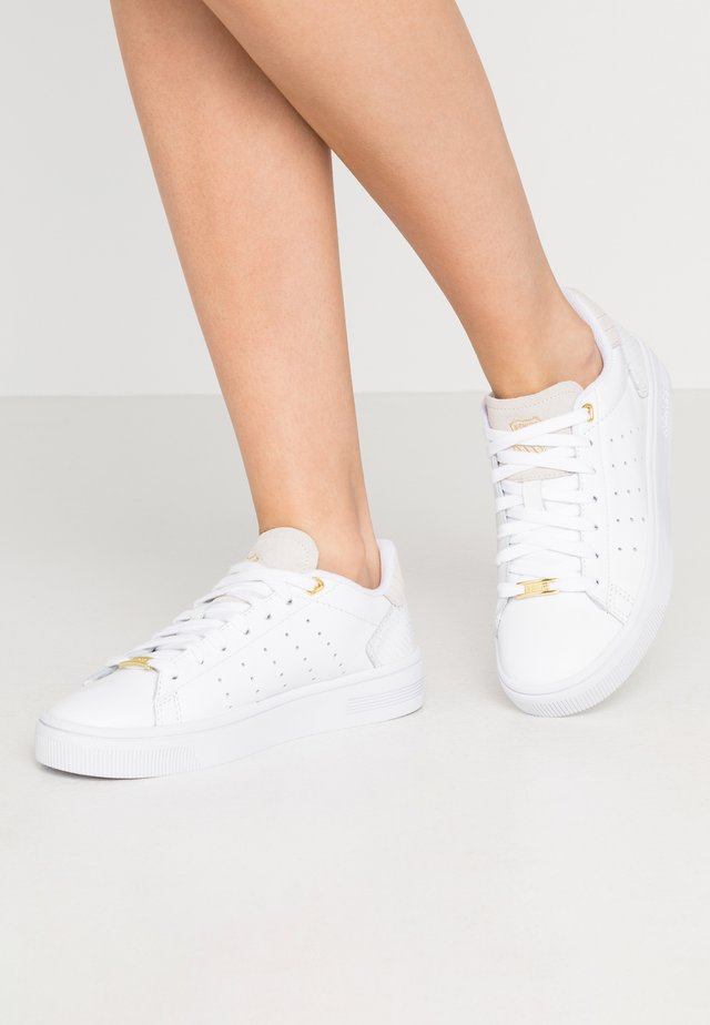 COURT FRASCO - Sneakers laag - white