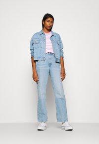 Tommy Jeans - CLASSICS STRIPE TEE - T-shirts print - pink daisy - 1