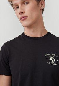 O'Neill - Print T-shirt - black out - 2