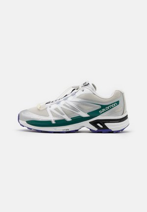 XT WINGS 2 UNISEX - Baskets basses - lunar rock/white/pacific