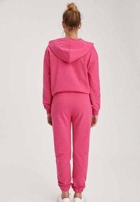 DeFacto - Tracksuit bottoms - pink - 2