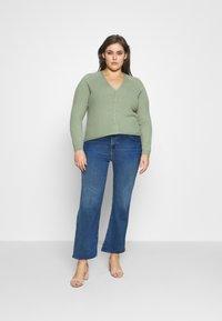 Levi's® Plus - 725 PL HR BOOTCUT - Bootcut jeans - rio rave plus - 1