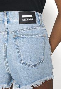 Dr.Denim - SKYE - Jeansshorts - empress light blue ripped - 3