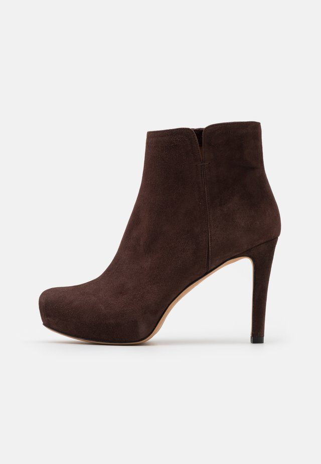 High heeled ankle boots - testa di moro