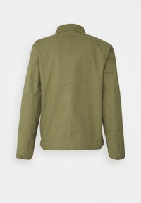 Brixton - STRUMMER JACKET - Lett jakke - army green - 1