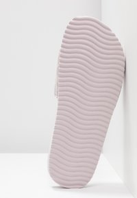 flip*flop - POOL YES NO - Mules - light lilac - 6