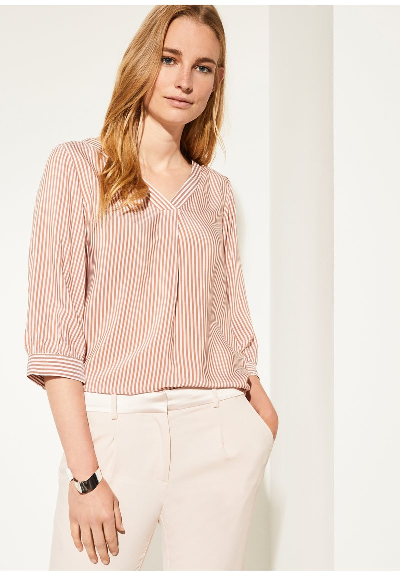 comma - MIT MUSTER - Blouse - cognac pinstripes