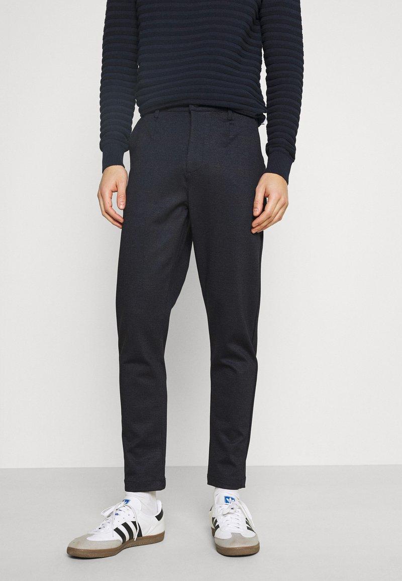 Kronstadt - CLUB JOGGER TEXTURE PANTS - Trousers - navy check