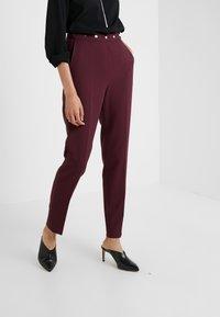 HUGO - HIEGA - Kalhoty - medium red - 0