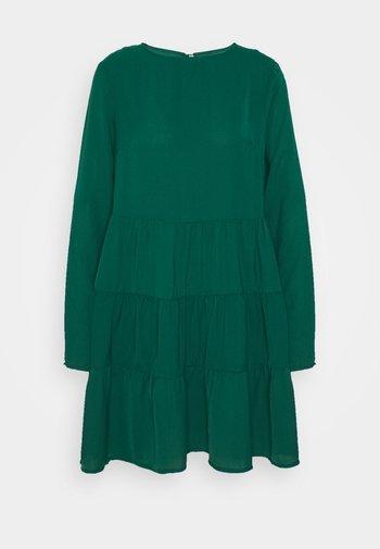 TIERED SMOCK DRESS