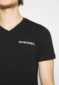 Diesel - UMLT-DIEGOS-J-V T-SHIRT - Print T-shirt - black - 5