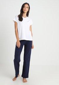 Tommy Hilfiger - SET - Pyjama set - white - 0