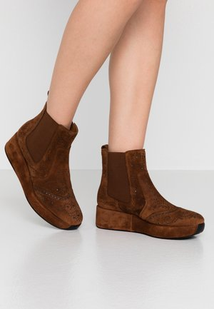 CARTIER - Wedge Ankle Boots - cacao