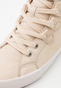 Sorel - CARIBOU MID WP - Zapatillas altas - natural - 5
