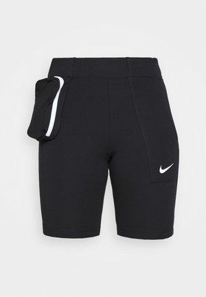 TECH PACK BIKE - Shorts - black