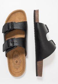 Burton Menswear London - FLOYD  - Domácí obuv - black - 1