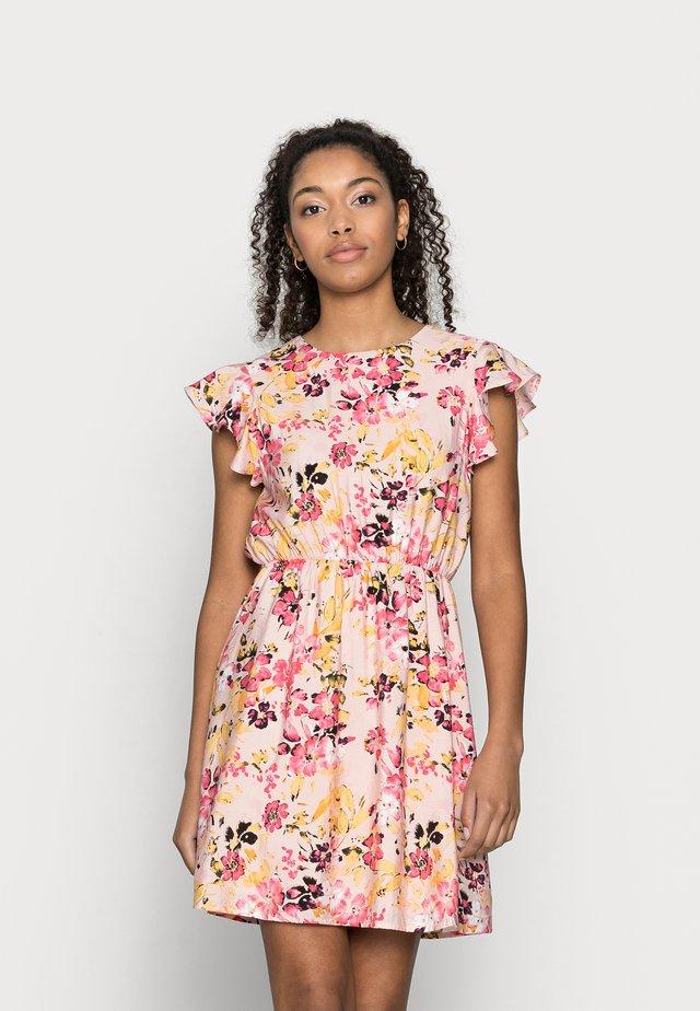VMGIGI SHORT DRESS PETITE - Kjole - sepia rose