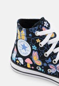 Converse - CHUCK TAYLOR ALL STAR BUTTERFLY FUN - Zapatillas altas - black/bleached cyan/pink gaze - 5