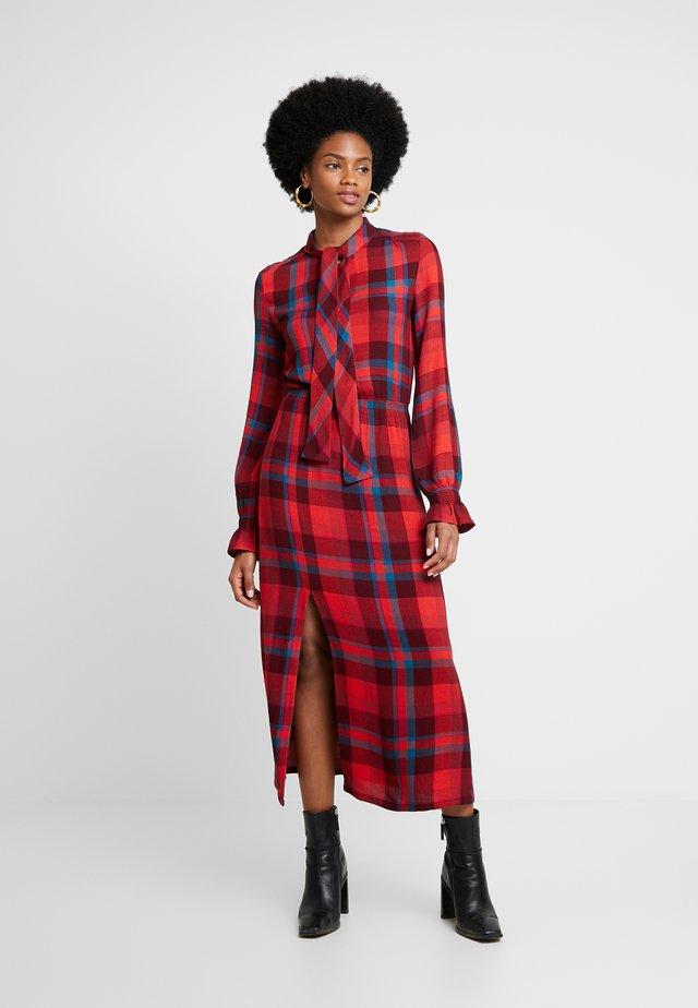 BRUCE DRESS - Freizeitkleid - red