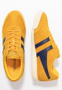 Gola - HARRIER - Sneakers basse - sun/navy - 3
