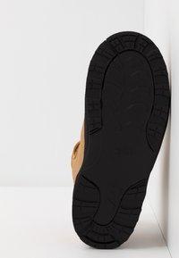 Nike Sportswear - MANOA '17 - High-top trainers - wheat/black - 5