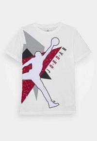 Jordan - JUMBO GEO - T-shirt print - white - 0