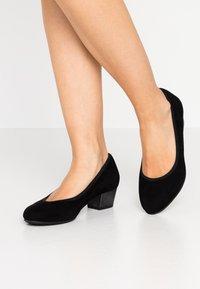 Jana - COURT SHOE - Classic heels - black - 0