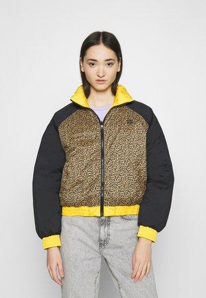 LYDIA REVERSIBLE PUFFER - Winter jacket - gold coast