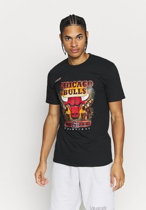 NBA LAST DANCE CHICAGO BULLS CHAMPS TEE - Klubbkläder - black