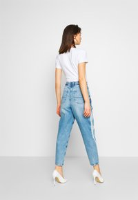 Pepe Jeans - AURORA PAINT - Jeansy Relaxed Fit - blue denim - 2