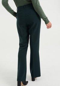 WE Fashion - Trousers - moss green - 2