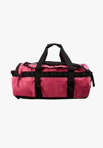 BASE CAMP DUFFEL M UNISEX - Sporttas - mr pink/tnf black