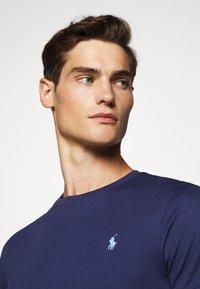 Polo Ralph Lauren - T-shirts basic - boathouse navy - 6