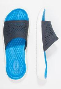 Crocs - Sandały kąpielowe - navy/white - 1