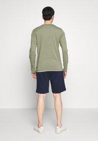 GAP - NEW ARCH LOGO - Teplákové kalhoty - tapestry navy - 2