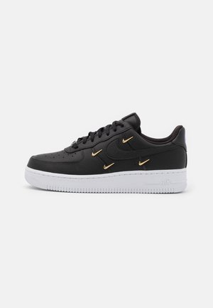 AIR FORCE 1 - Trainers - black/metallic gold/hyper royal/white
