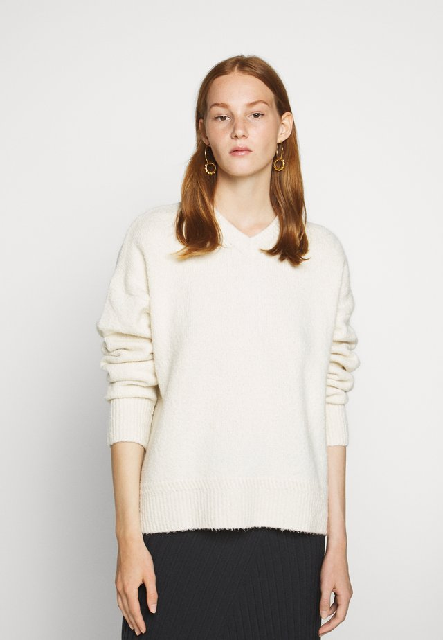 BEATRICE - Sweter - off-white