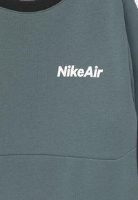 Nike Sportswear - AIR CREW - Sweatshirt - ozone blue/black - 2