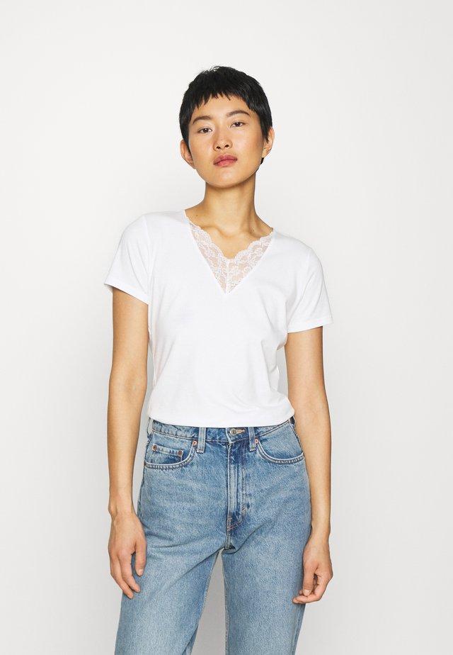 PYLLE - T-shirt basique - off white