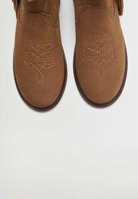 Mango - Korte laarzen - braun - 5