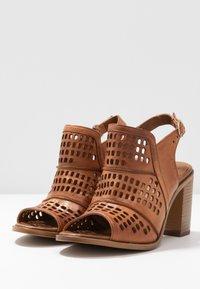 Carmela - High heeled sandals - camel - 4