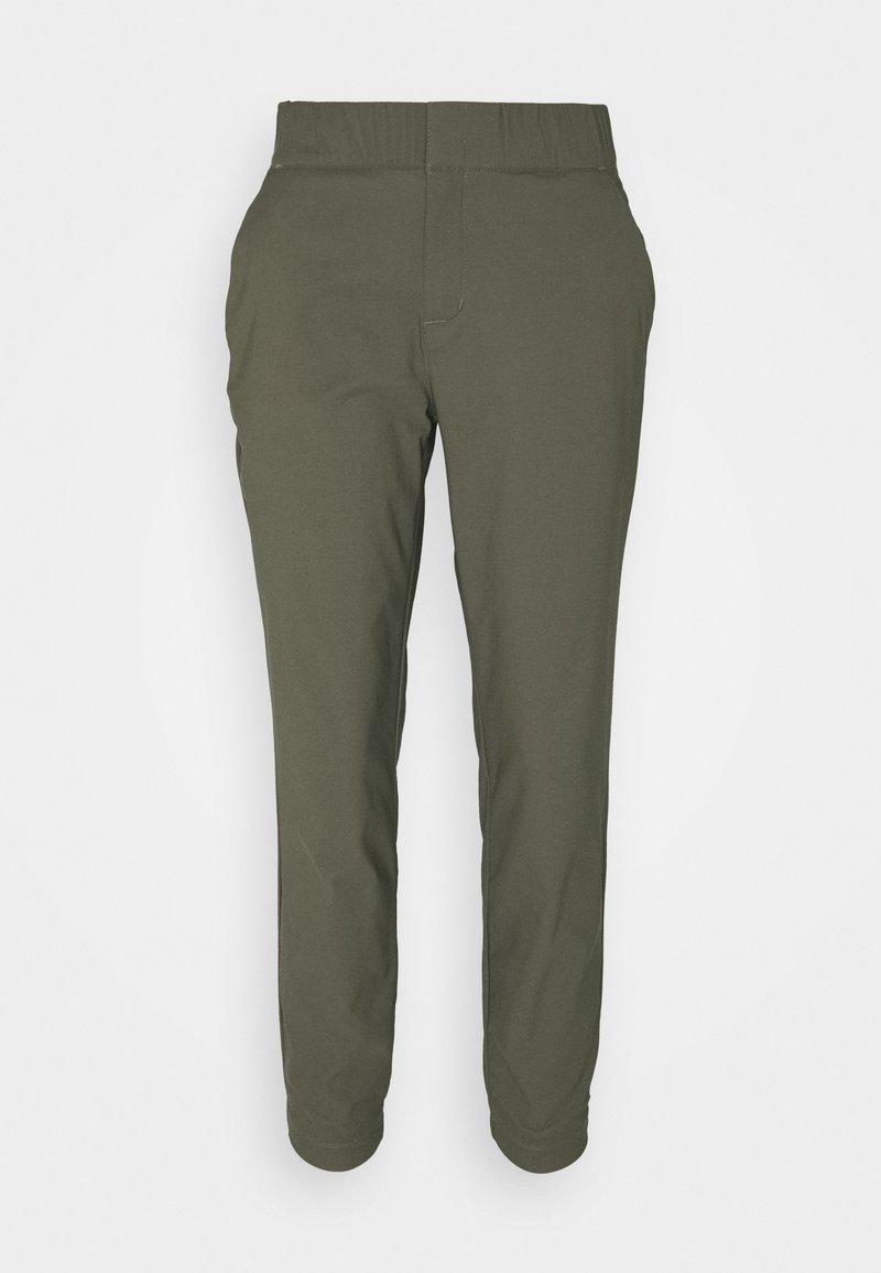 Columbia - FIRWOOD CAMP™ II PANT - Pantaloni outdoor - stone green