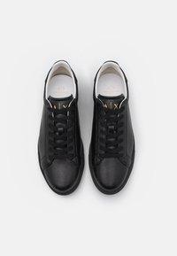 Armani Exchange - Sneakers laag - black - 3